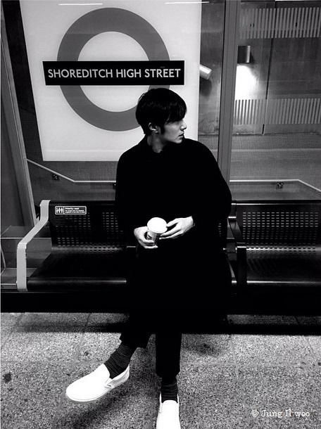 Jung Il Woo at Shoreditch station